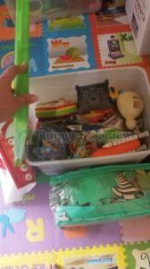Donasi mainan, juga dari Unilever.