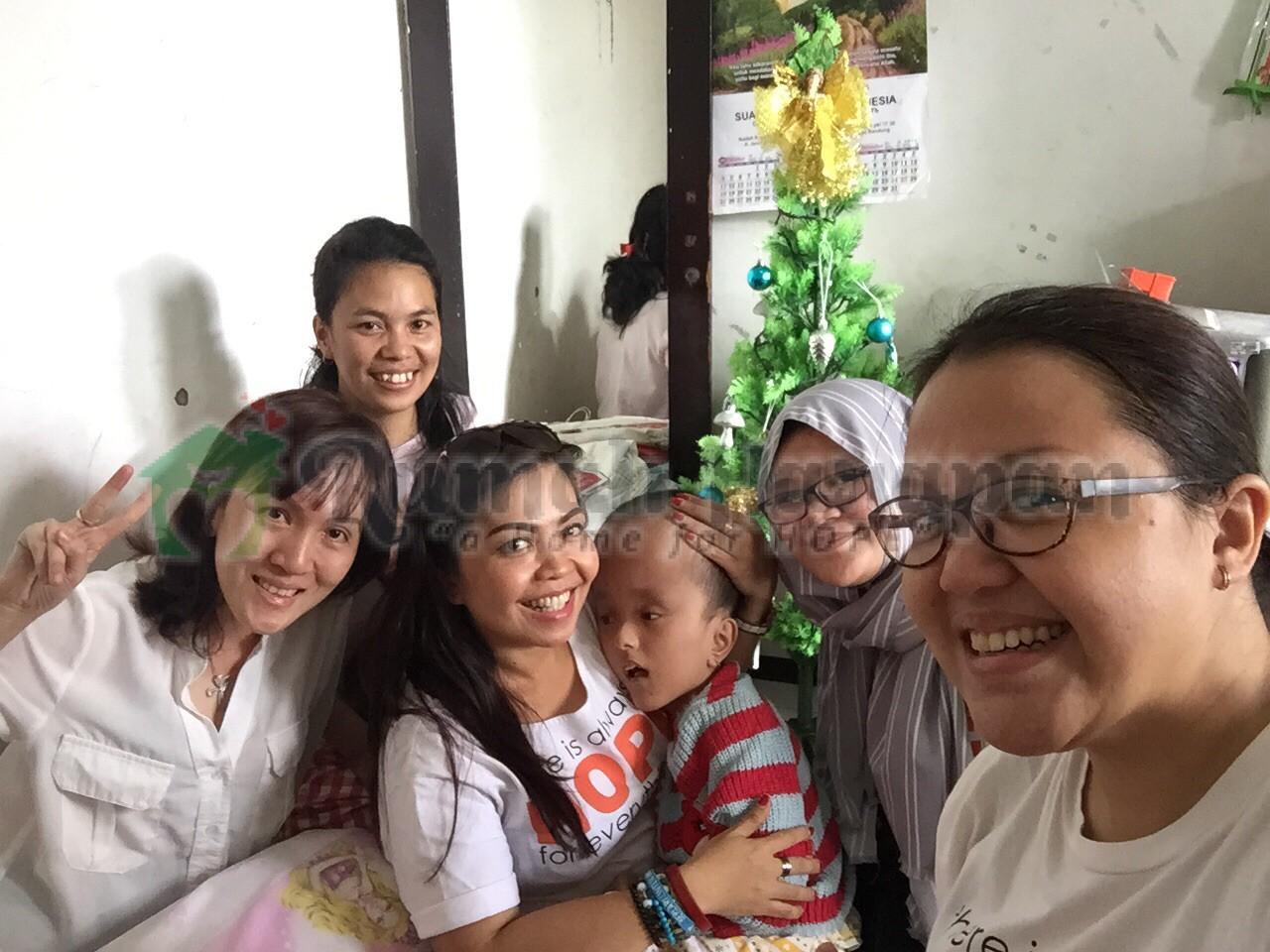 Aura Kasih Natal di Bandung