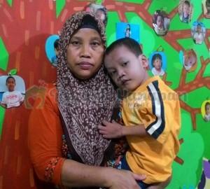 Ahmad dan ibunya